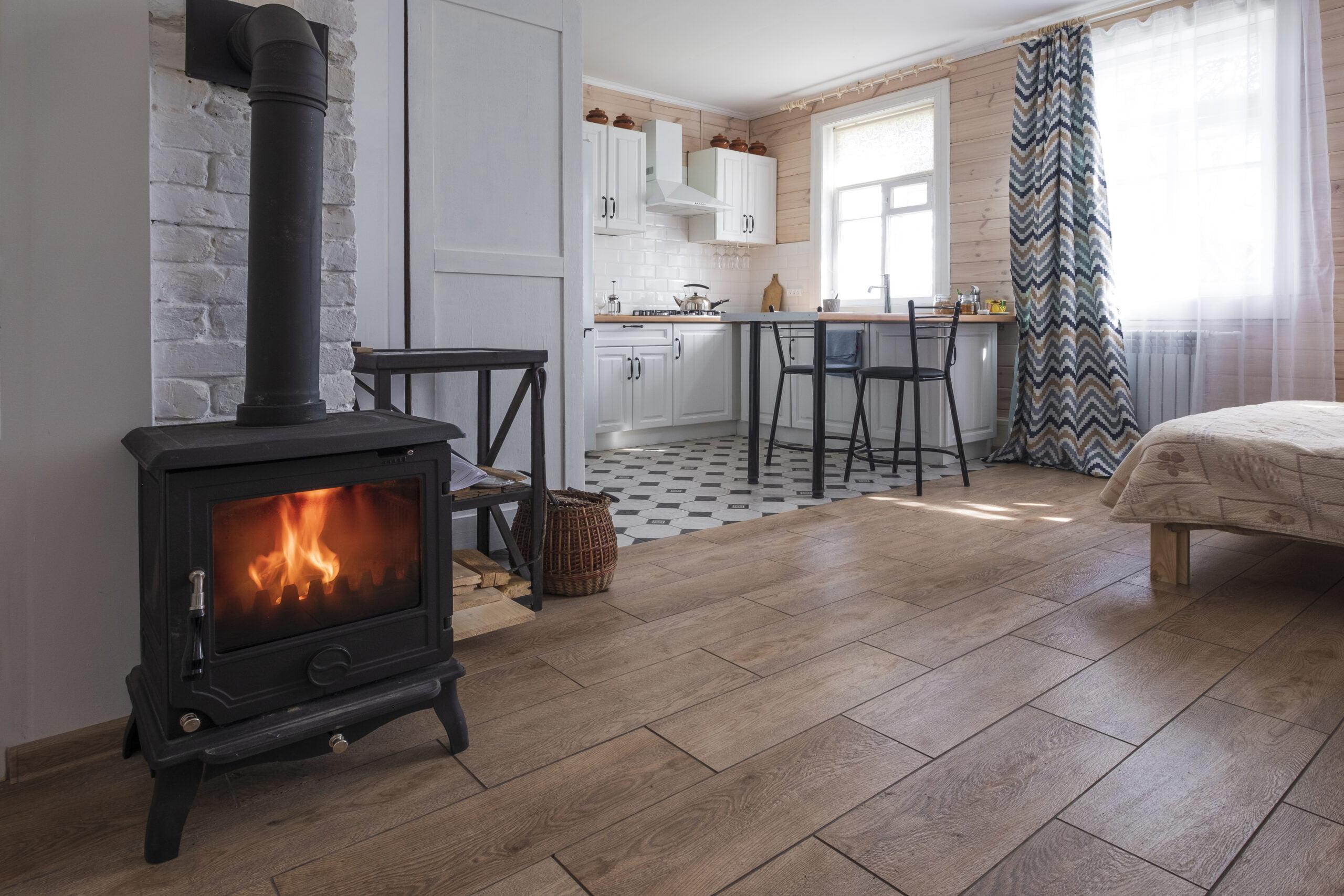 interior-bright-studio-room-with-fireplace